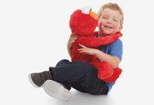 BIG HUGS ELMO by Playskool